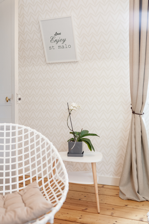 Chambre If et Cytise lumineuse paisible naturelle