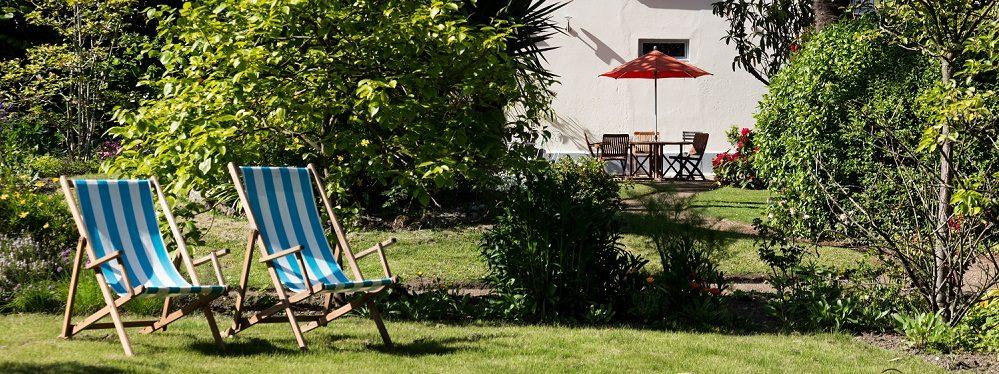 Chambre d 39 hote saint malo villa st raphael jardin exotique for Jardin de la villa