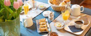 Petit déjeuner local, breton, fait maison